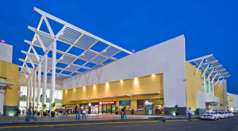 Plaza ciudad jard n for Centro de salud ciudad jardin